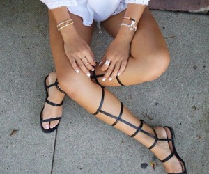 beauty, jewelry, and outfit image
