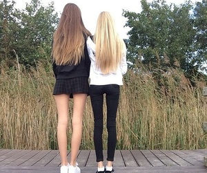 girl, skinny, and friends image