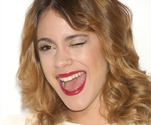 martina stoessel and violetta image