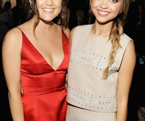sarah hyland and lucy hale image