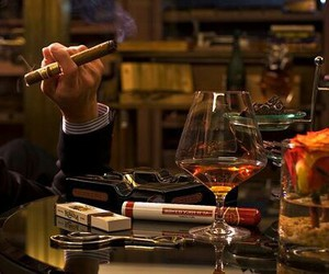 luxury and cigar image