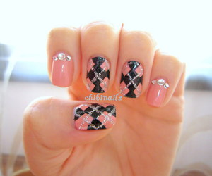 black, pink, and glitter image