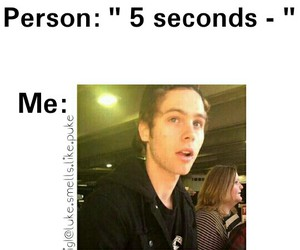 funny and luke hemmings image