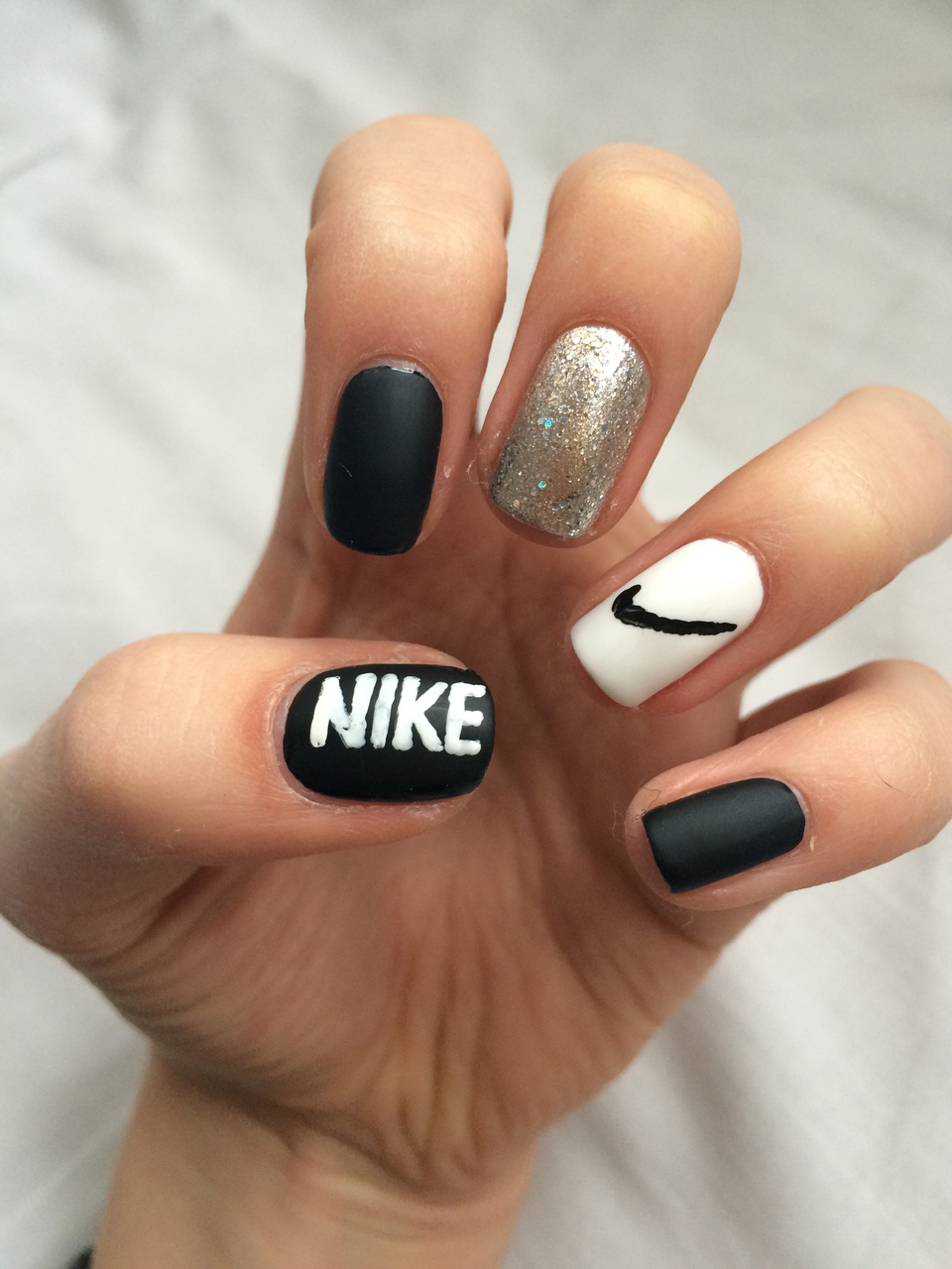 Nike nails ❤ discovered by Iisa Perälä on We Heart It