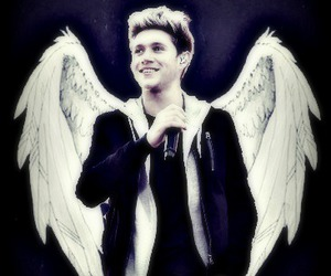 niall horan and 1d image