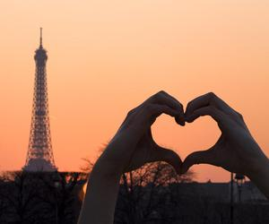 heart and paris image