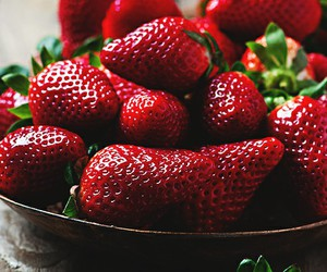food and strawberries image
