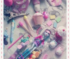 cupcakes, princess, and ice cream image