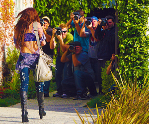 miley cyrus and paparazzi image