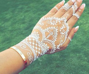 henna and white image