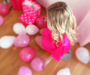 ballons, crazy, and curly hair image