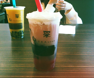 bubble tea, drink, and taiwan image