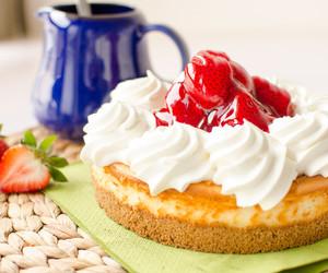 strawberry, cake, and dessert image
