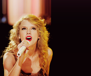 blonde, concert, and Taylor Swift image