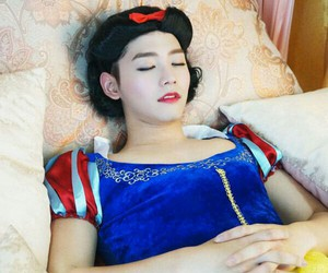 cosplay, korean, and kpop image