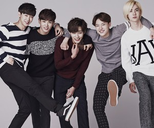 uniq, sungjoo, and wenhan image