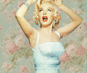 Marilyn Monroe, vintage, and Queen image