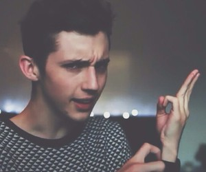 troye sivan, youtuber, and trxye image