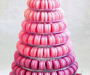 pink and macarrones image