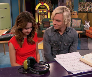 r5, ross lynch, and laura marano image
