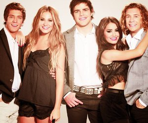 teen angels, casi angeles, and lali image