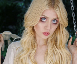 allison harvard, ANTM, and eyes image
