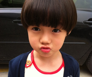 cute, baby, and little luhan image