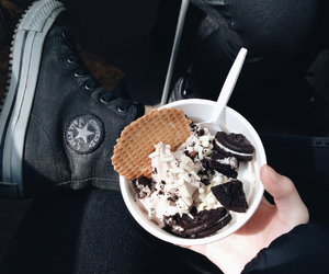 black, converse, and Cookies image