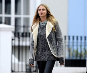 cara delevingne and style image