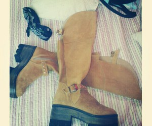 boots, fashion, and invierno image