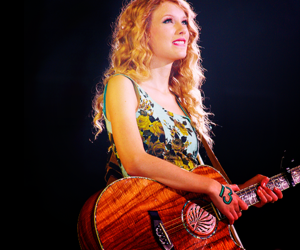 Taylor Swift, guitar, and 13 image