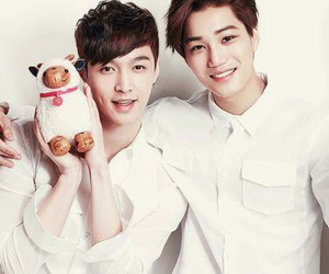 couple, exo, and lay image