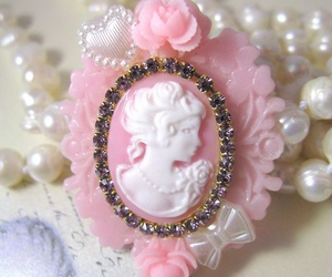 vintage, cameo, and pastel image