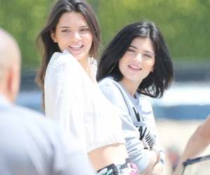 kylie jenner, jenner, and Kendall image