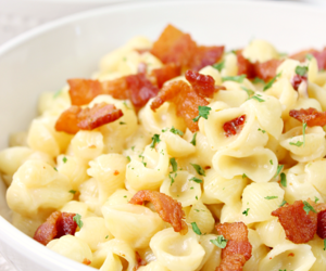 food, pasta, and bacon image