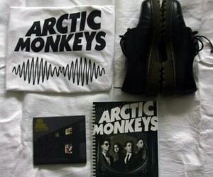 grunge, arctic monkeys, and band image