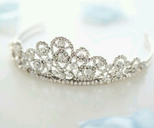 tiara and quinceanera image