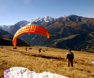 Flying and paragliding image