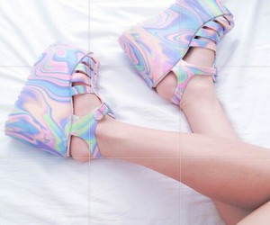 aesthetic, holographic, and platforms image