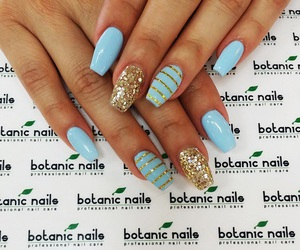 style, glitter nails, and blue nails image