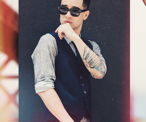 background, brendon urie, and grunge image