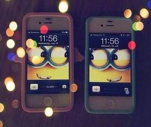 minions and iphone image