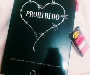 books, post it, and prohibido image