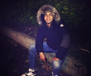 smile and thug image