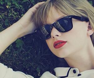 1989, Taylor Swift, and swifties image