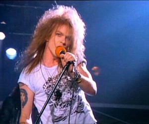 axl rose, Guns N Roses, and welcome to the jungle image