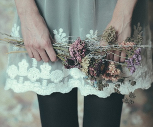 flowers, vintage, and pale image