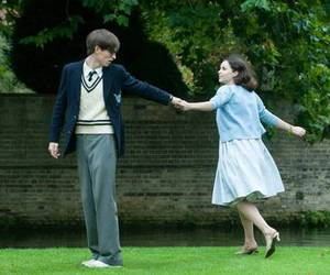 eddie redmayne and Felicity Jones image
