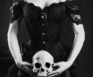 dark and skull image