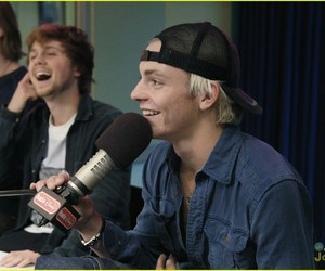 ross lynch, band, and blonde image